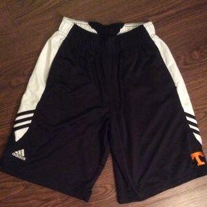 University of Tennessee Black Pocket Shorts Small
